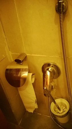 Villa Acacia: delux double room (not ensuite) - external bathroom off communal corridor