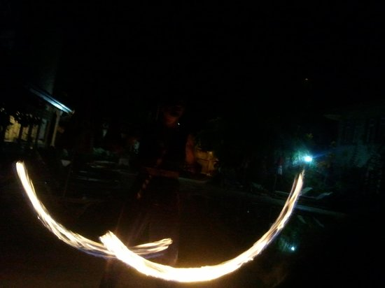 Camelia Apartments : fire dancer at turkish night
