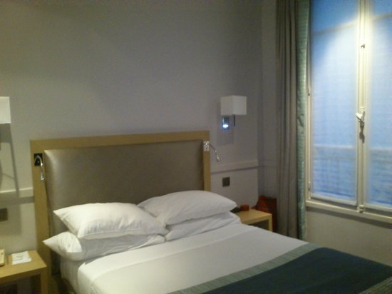 Floride Etoile Hotel: cama doble