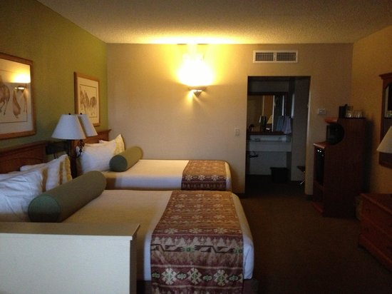 BEST WESTERN PLUS A Wayfarer's Inn and Suites: Chambre