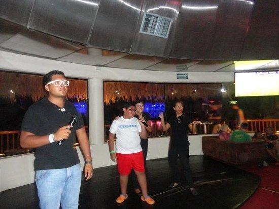 The Reef Coco Beach: Noche de karaoke infantil