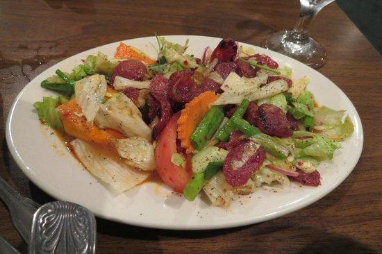 Chili Thai: Thai sausage salad