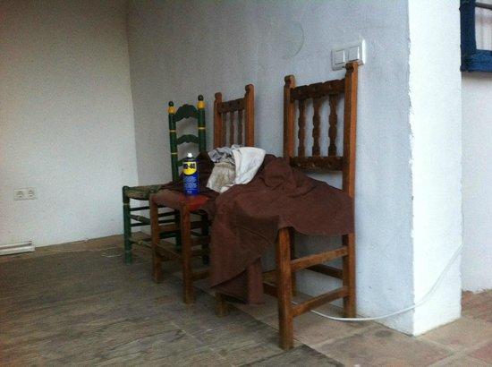 Complejo Rural Caicune: Apilamiento de enseres