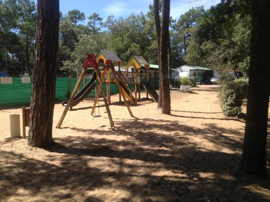 Le Clos des Pins : Play area