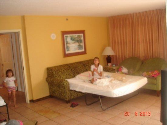 Vacation Village at Bonaventure: Unit A - Living Room