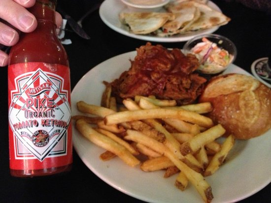The Pike Pub and Brewery: Pulled Pork Sandwich w/Organic Ketchup