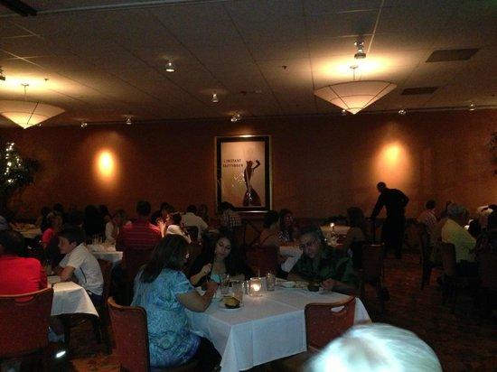 Carmine S Steak House Inside