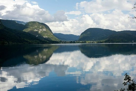 Hotel Bohinj : The lovely lake