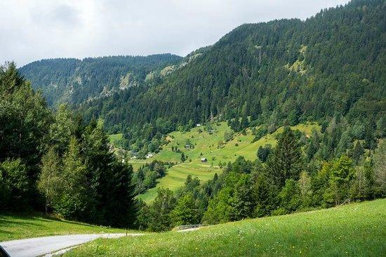 Hotel Bohinj : On our way on the bicycles over the mountain towards Bohinj