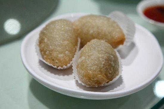 Royal China: Salty Pastry (鹹水角)