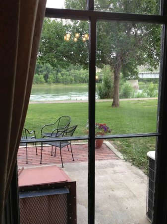 Grand Union Hotel: looking out from dining room to patio where dinner and drinks can be served.  Missouri River vie