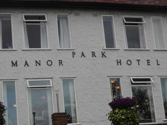 Park Manor Hotel: Sign