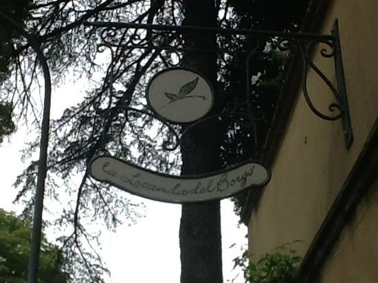 La Locanda del Borgo : logo on the out side