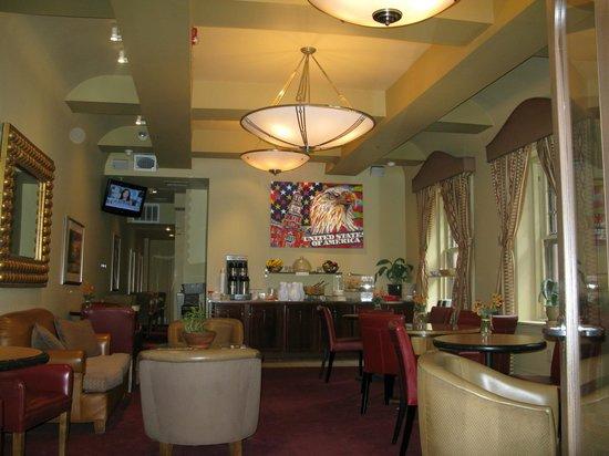 Alexander Inn: Breakfast Room