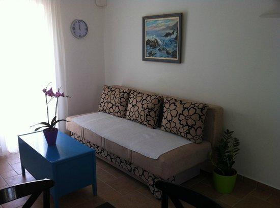 Apartments Leut: living room