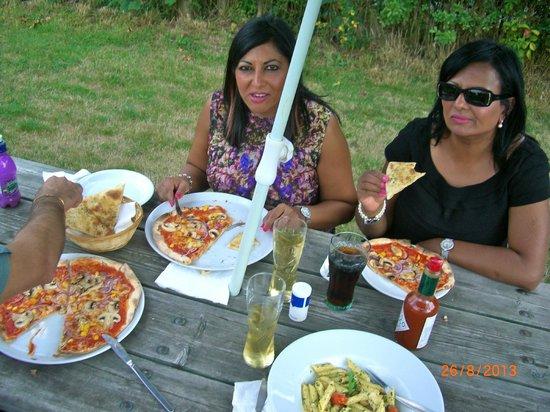 The Pizza Pasta Pub: 6