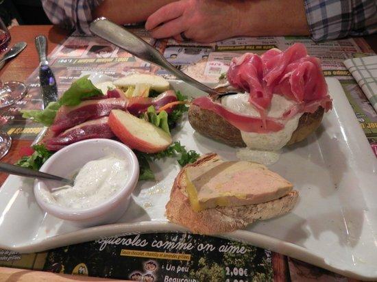 Assiette perigourdine picture of la pataterie for Restaurant dorlisheim