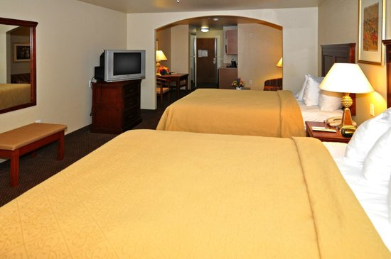 Quality Inn & Suites: Two Queen room Suite