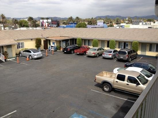 Friendship motor inn updated 2017 motel reviews price for Motor hotel los angeles