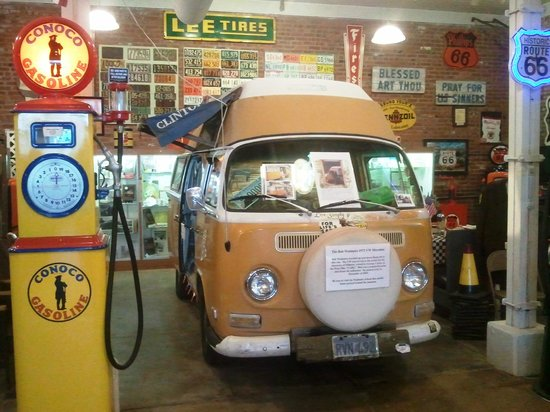 IL Route 66 Association Hall of Fame & Museum: Camper