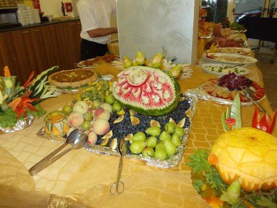 DaSamo Hotel: fantastico buffet romagnolo