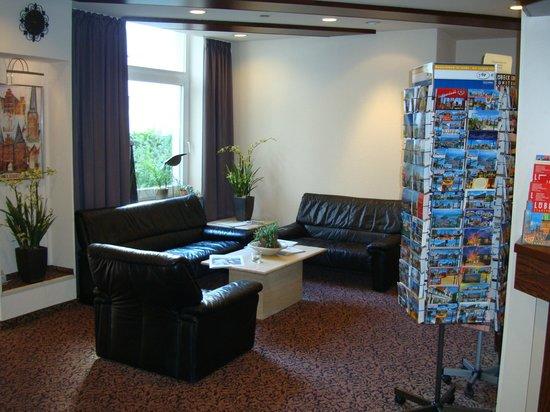 Hotel Lindenhof Lübeck: Reception