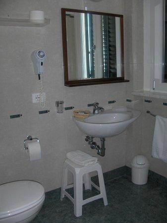 Hotel Bencista': Bagno