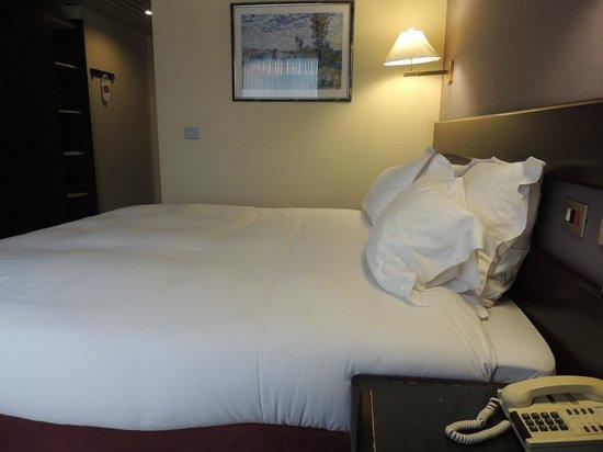 Bedford Hotel & Congress Centre: la chambre