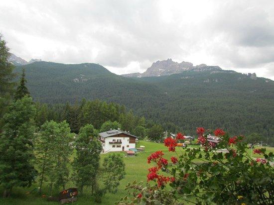 Hotel Mirage Cortina: Vista do quarto.