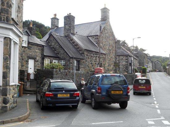 Plas Gwyn B&B & Cottage: back of the B&B