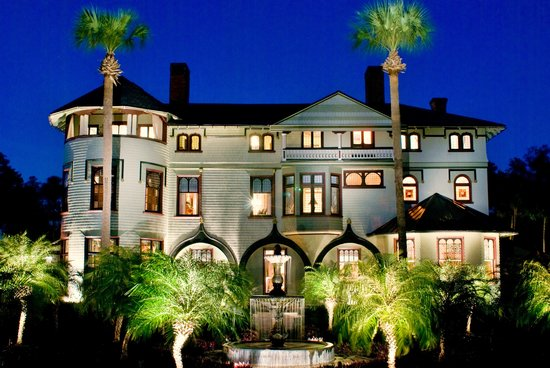 DeLand, Floride : Stetson Mansion by Night