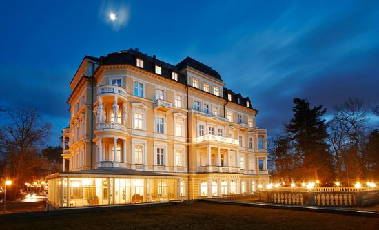 Imperial Spa & Kur Hotel: Uußenansicht