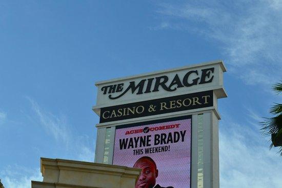The Mirage Hotel & Casino: Dehors