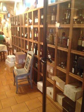 Le Pique Bouffigue: un grand choix de vin