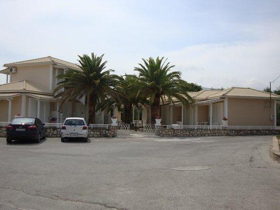 Mentikas Studios: ingresso della struttura