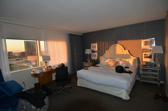 Hilton Dallas Lincoln Centre: Our lovely room