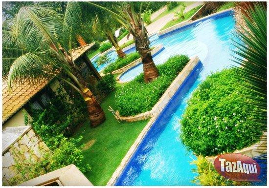 Hotel Condomínio Domus: Vista das piscinas