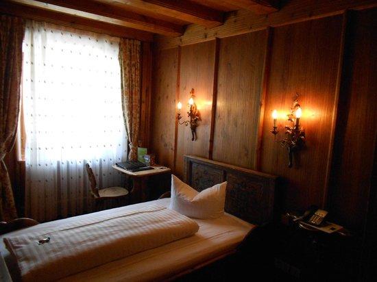 Atlas Grand Hotel : Single room