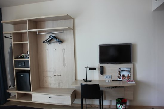 getrennte m llsammlung bild von scandic hamburg emporio hamburg tripadvisor. Black Bedroom Furniture Sets. Home Design Ideas