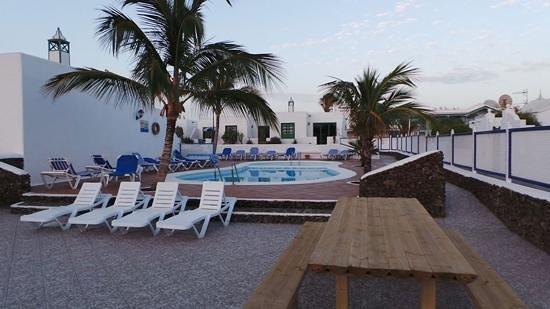 Bungalows Sal y Mar: sun lounge