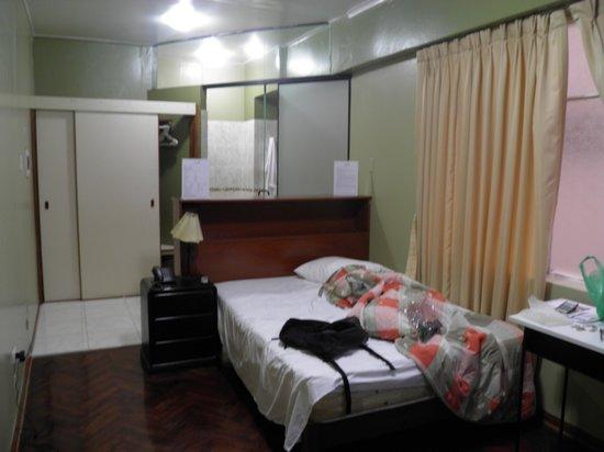 Suites Larco 656: quarto