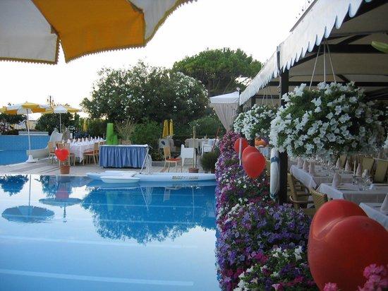 Hotel Sirenetta: Piscina riscaldata