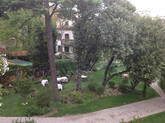 Villa Ines: garden!
