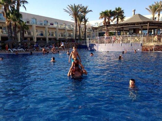 Cabogata Garden Hotel & Spa : Piscina