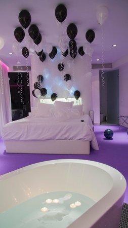 Room Mate Oscar: Globos
