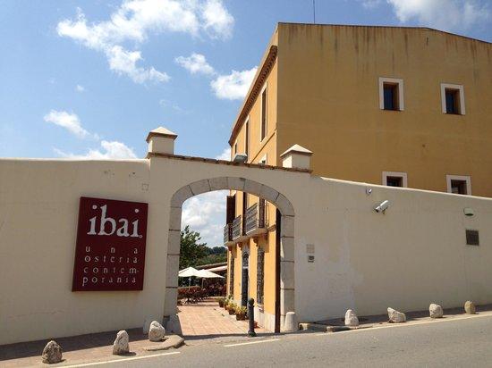 Ibai, Una Osteria Contemporania: Vue de la rue