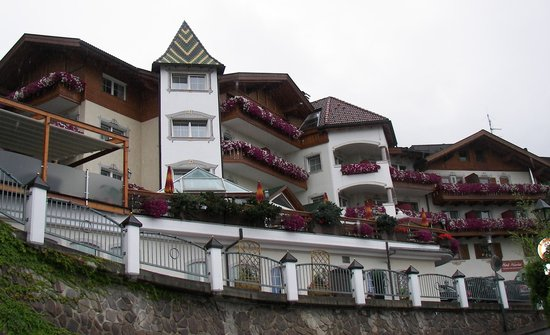 Photo of Hotel Hubertus Villanders