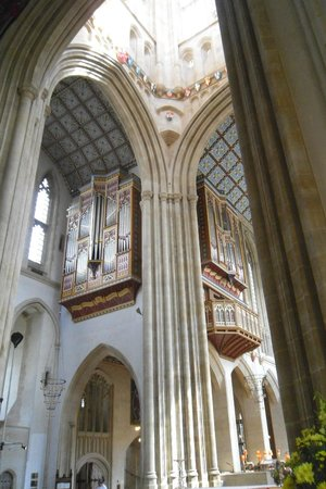 St. Edmundsbury Cathedral: North transept and organ loft.