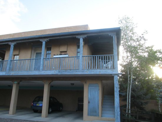 The Guadalupe Inn: Outside of 2nd floor room