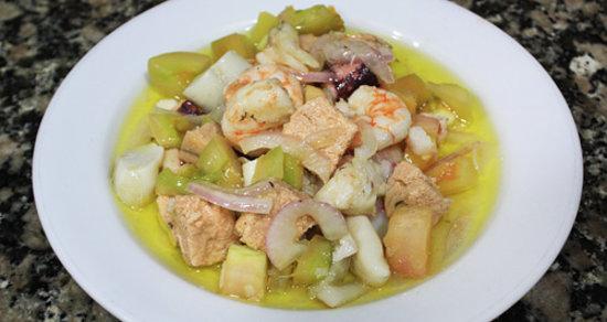Restaurante La Campana: salpicon de mariscos